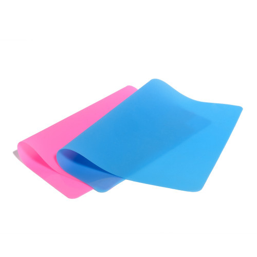 SILICONE MAT -  Ideal tool to protect the work surface (washable and reusable)